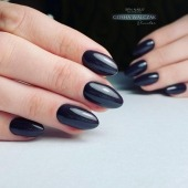 🍁🍂 905 Mulled Wine - a combination of two colours: black and brown in one incredibly deep shade‼️  It is like mulled wine in the autumn and winter season - we cannot imagine the menu of your salon without it!  Seasoned with a bit of shimmering glitter, this gel polish will warm you up on cool autumn evenings🍷  ⬇️ https://projectnails.co.uk/home/1940-905-mulled-wine-uv-laq-8ml--5902659322661.html